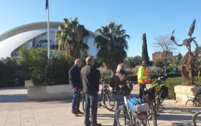 Ruta organizada en bicicleta por la Albufera de Valencia.