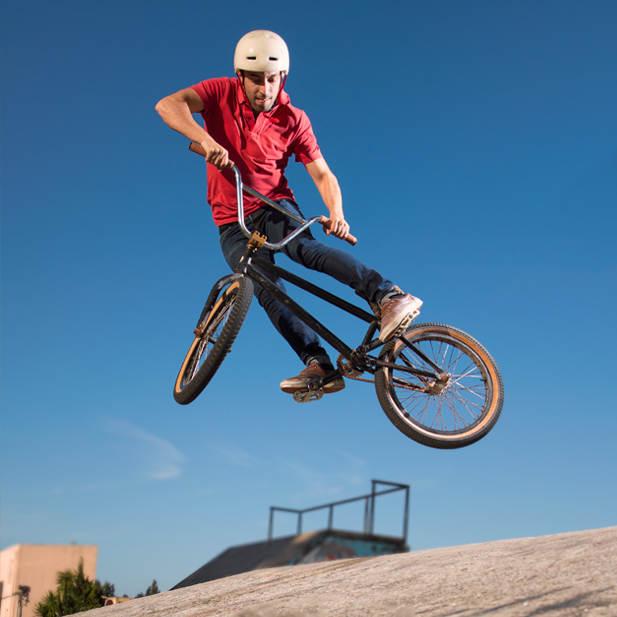 La importancia de utilizar casco en tus salidas en bicicleta